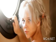 breasty hottie positions on webcam