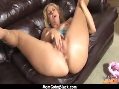 i caught mommy cheating on daddy! 26