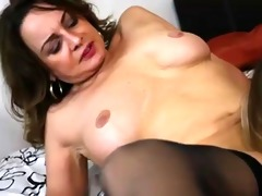 lesbo mommy seduces not her daughter 8