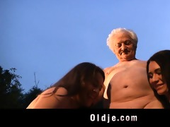 older man gustavo bangs with naughty sweethearts